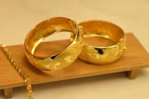 wedding-gifts-1808235_1920